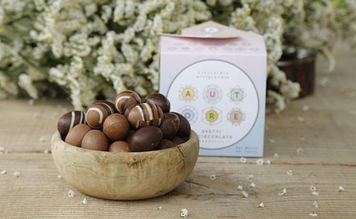 Petits œufs en chocolat - assortiment   - Autore