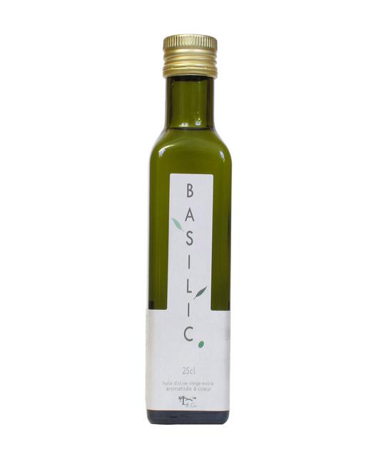 Huile d´olive au basilic - Libeluile. Une huile parfaite en assaisonnement.