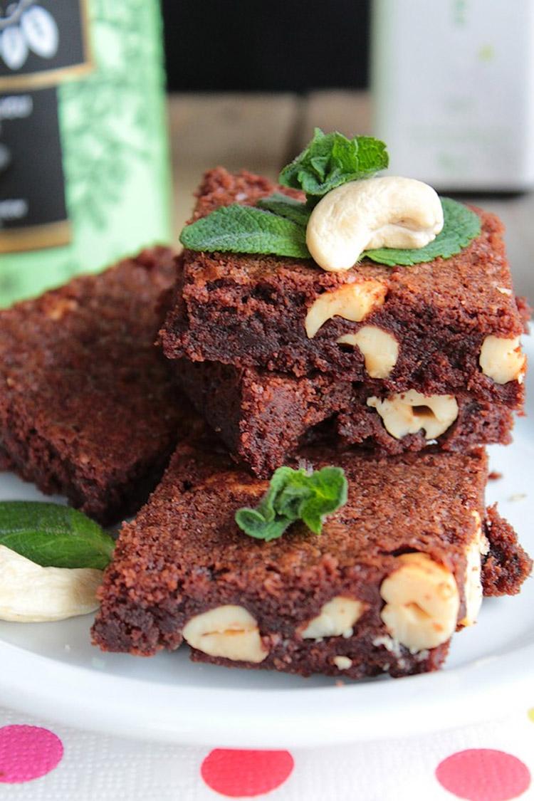 Brownie au Chocolat, Menthe et Noix de Cajou