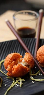 Boulettes de saumon fumé, lentilles corail et leur cœur coulant