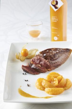 Magret de canard, mandarines et vinaigre à la pulpe de passion