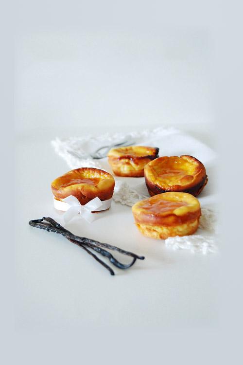 Moelleux à la ricotta et confiture d'abricot à la vanille