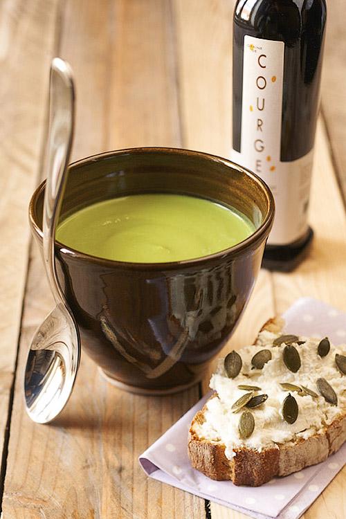 Velouté de légumes verts à l'huile de graine de courge