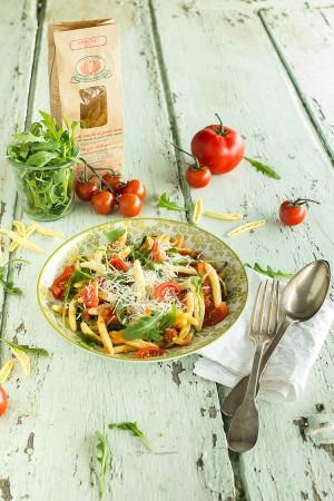 Cavatelli tomates, roquette et pecorino