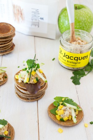 Blinis de sarrasin aux rillettes de Saint-Jacques acidulées