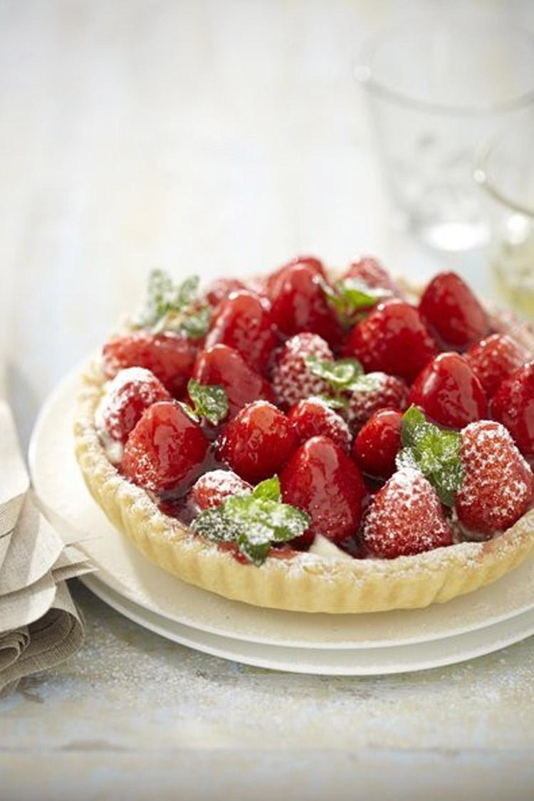 Tarte aux fraises et pistaches caramélisées