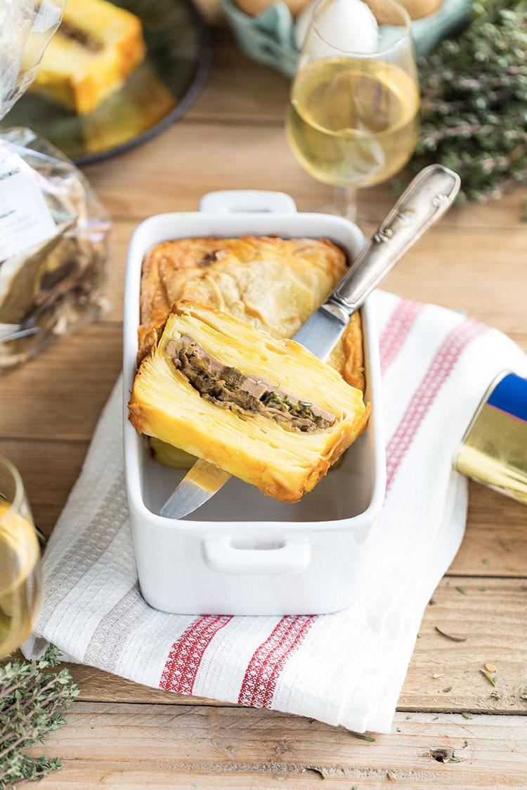 Mille-feuille de pommes de terre, foie gras et cèpes