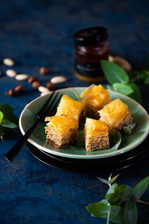 Baklawa noisette, amande et miel d'eucalyptus